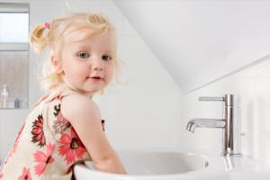 Профилактика серозного менингита у детей и подростков